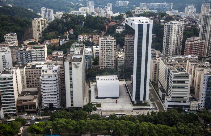 Torre Oscar Niemeyer e Centro Cultural – FGV